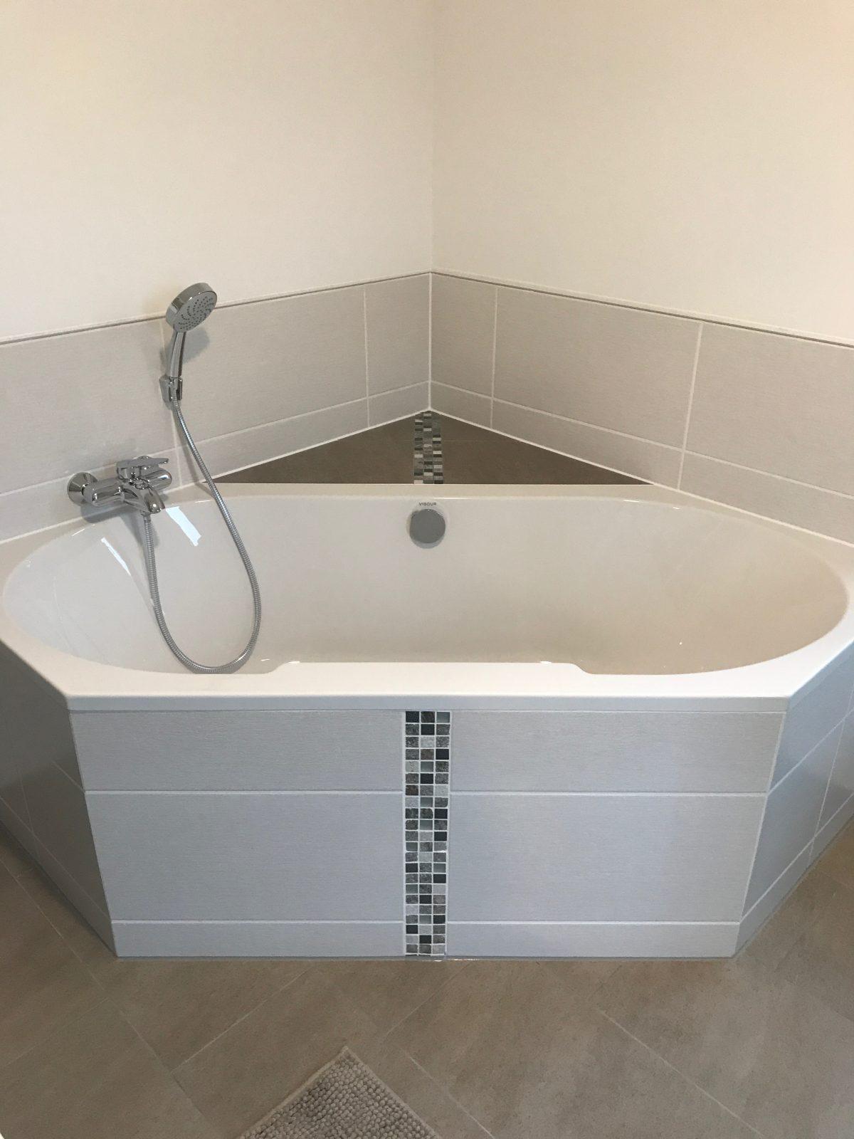 Edelstahlschiene Badezimmer